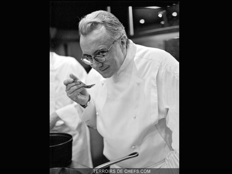 Alain ducasse portraits de chefs chefs terroirs de chefs for Cuisinier connu