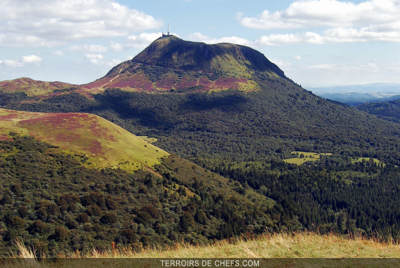 Auvergne le pays des volcans - Office du tourisme auvergne puy de dome ...