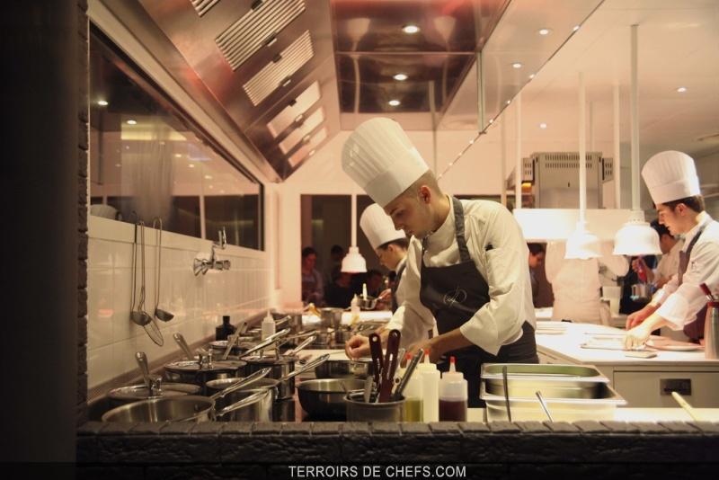 La dame de pic restaurant d 39 anne sophie pic chef valence for Restaurant valence france